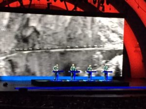 kraftwerk-at-bowl