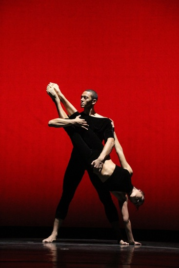 Clifton Brown and Nicole Corea in the pose that opens Lar Lubovitch's Vez. Photo: Phyllis McCabe