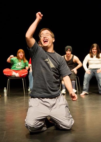 Gianni Blumer in Disabled Theater. At back (L to R): Julia Håusermann, Remo Beuggert (hidden), Matthias Brücker, Tiziana Pagliaro. Photo: Ian Douglas