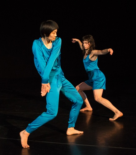 Neil Greenberg's This. (L to R): Mina Nishimura and Molly Lieber. Photo: Yi-Chun Wu