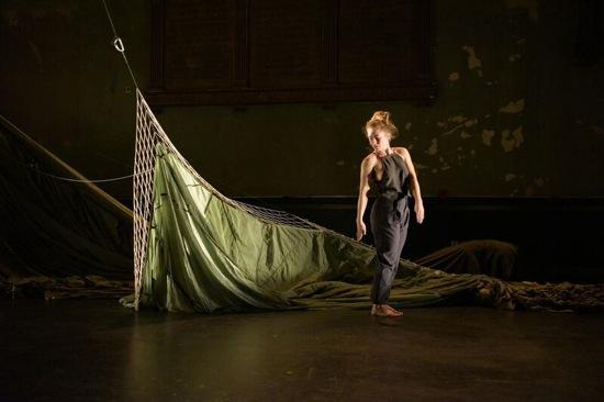 Anneke Hansen in her 2 hymn vb. Dimly seen at back: Belinda Ho.Photo: Matt Hansen