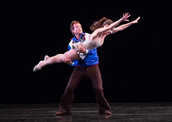 John Selya catches Amy Ruggiero in Tharp's Country Dances. Photo: Yi-Chun Wu