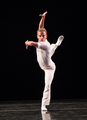 Reed Tankersley in the first half of Twyla Tharp's Brahms Paganini. Photo: Yi-Chun Wu