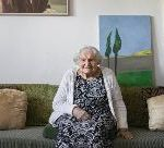 The 102-Year-Old Artist Who Paints The Past Century Of Jewish Life In Europe And Israel