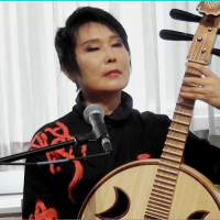 Min Xiao-Fen brings Jazz to the Chinese Pipa and Ruan