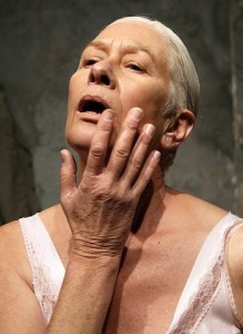 Antoinette Kellermann in As Die Broek Pas. Photo by Marthinus Basson.