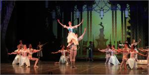 Joburg Ballet presents Snow White. Photo by Bill Zurich