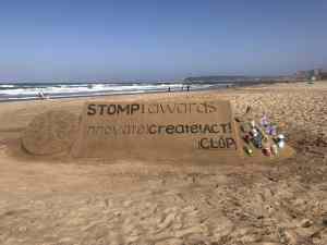 Sand sculpture on Durban's beach created by sculptor Lucas Mahlangu. Photo by Sharlene Versfeld