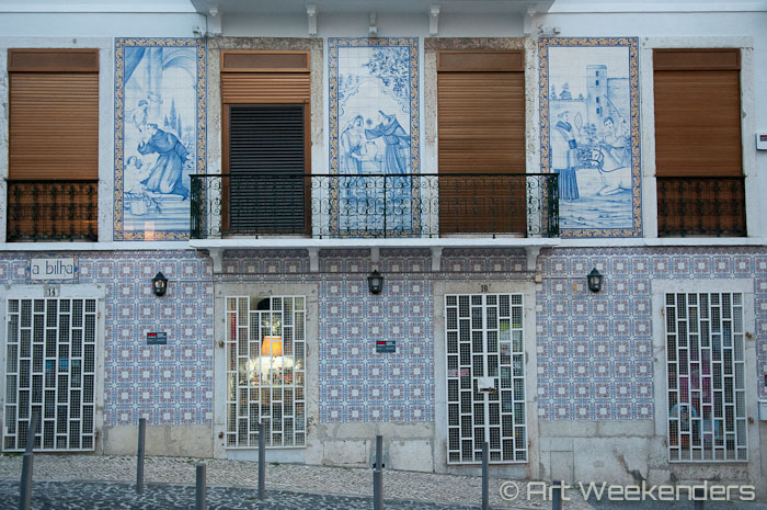 tiled-houses-alfama-lisbon-portugal