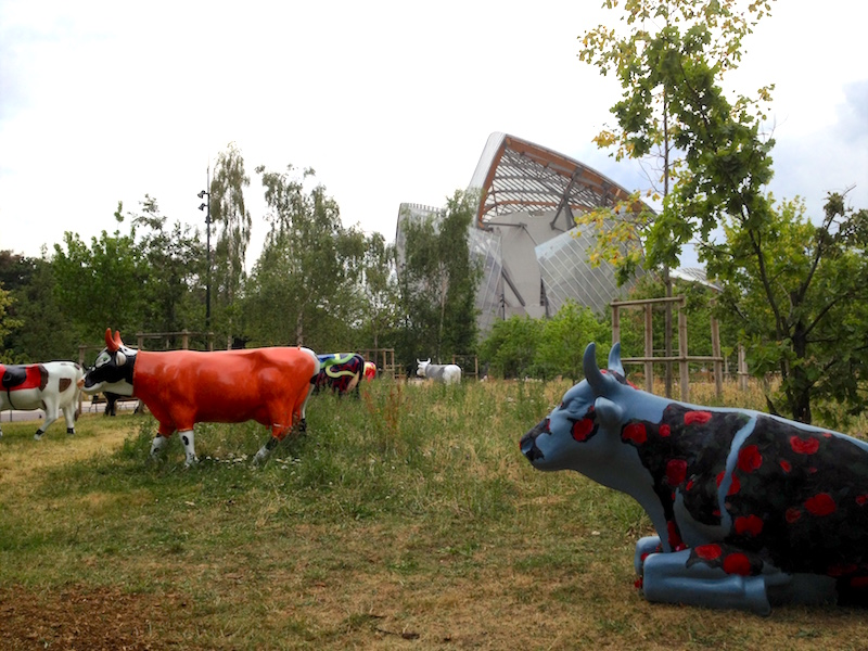 Louis Vuitton Foundation Cow Parade Jardin D'Acclimatation