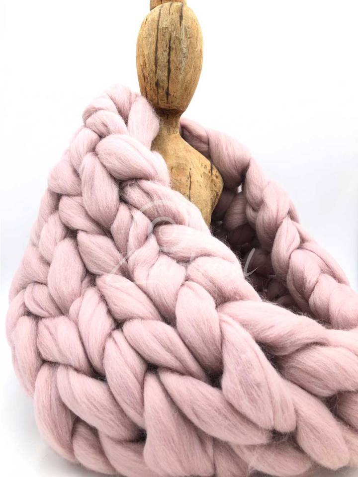 Powder Pink Merino Wool Chunky Infinity Scarf