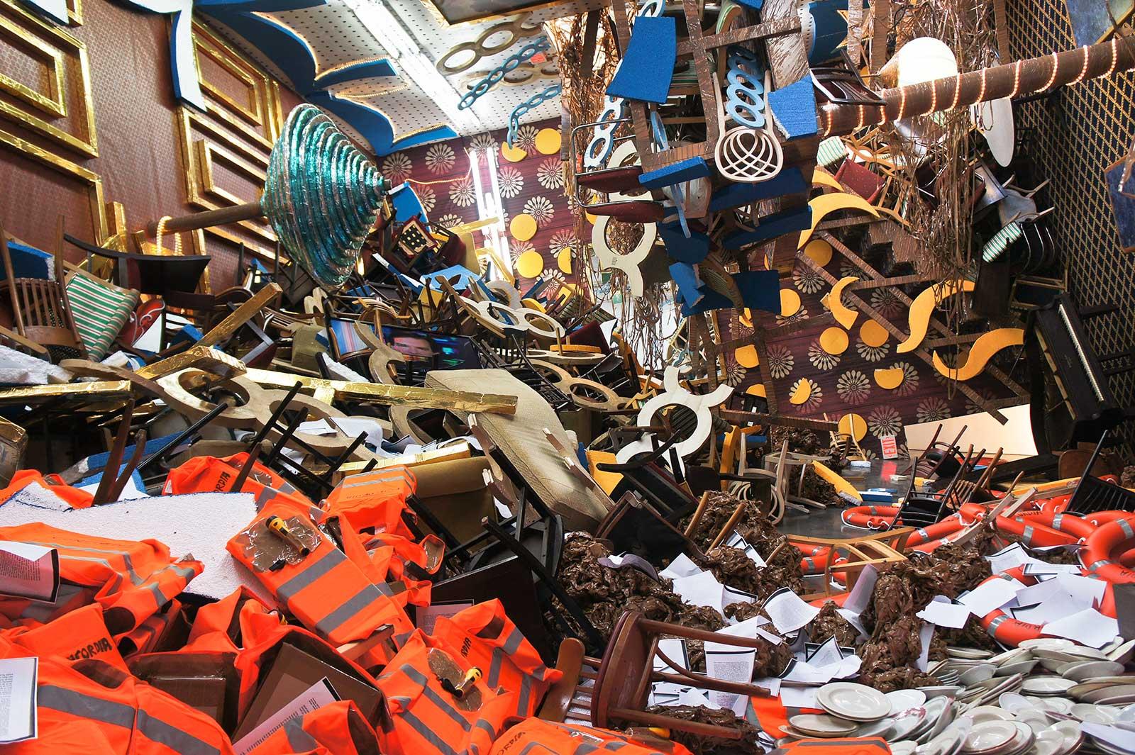 cruise ship debris