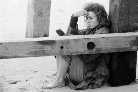 jane fonda in una pausa durante le riprese di julia 1977