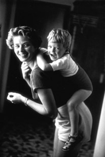 David Seymour - Ingrid Bergman at home with her son, Robertino Rossellini. Santa Marinella, Italy (1956)
