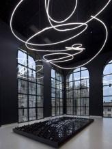 Struttura-al-neon-1956-soffitto-della-mostra