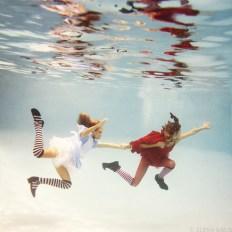 Alice in Waterland - Elena Kalis