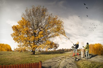 Helping fall - Erik Johansson