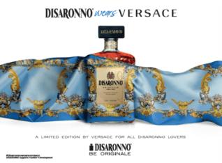 Disaronno wears Versace