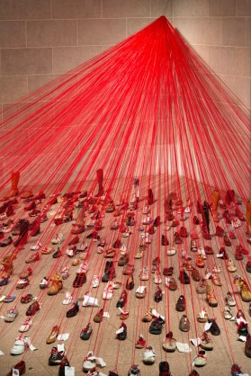 Chiharu Shiota - Over the Continents