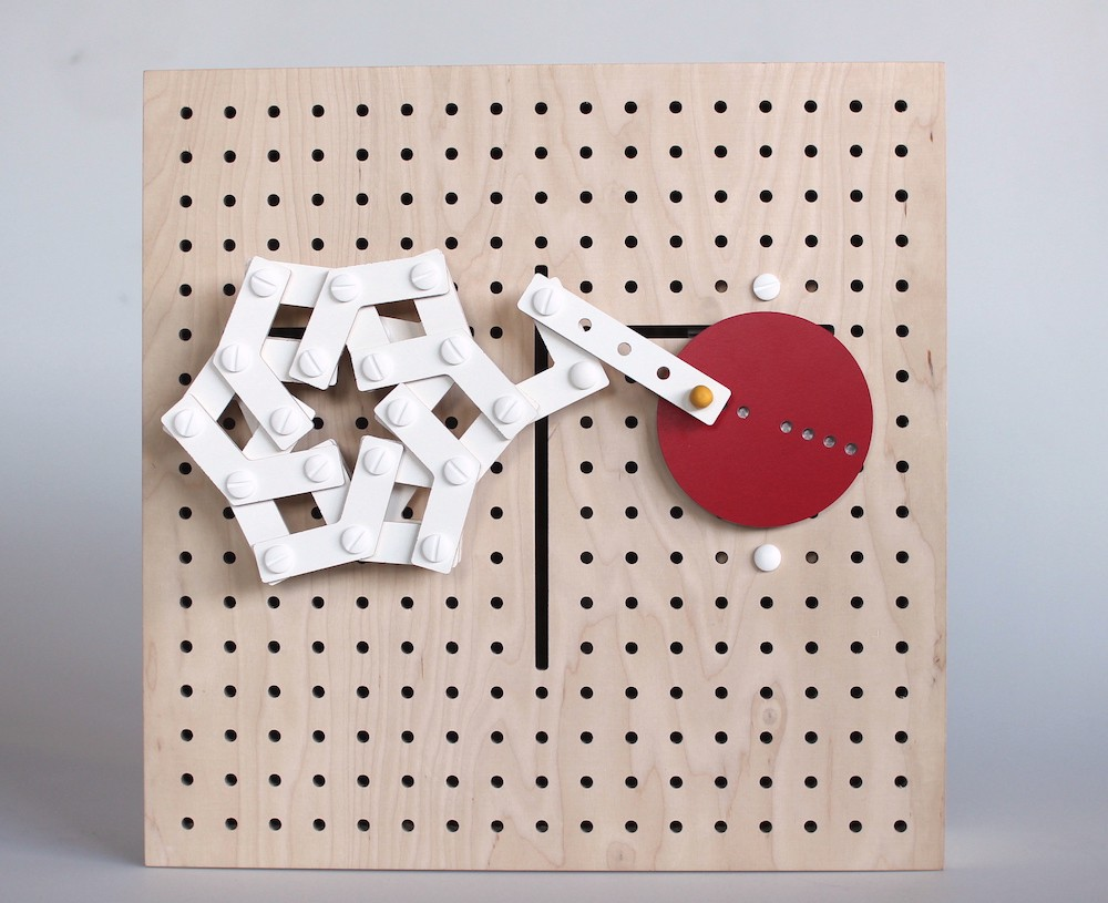 LINKKI – Kinetic construction toy by Eun Young Park