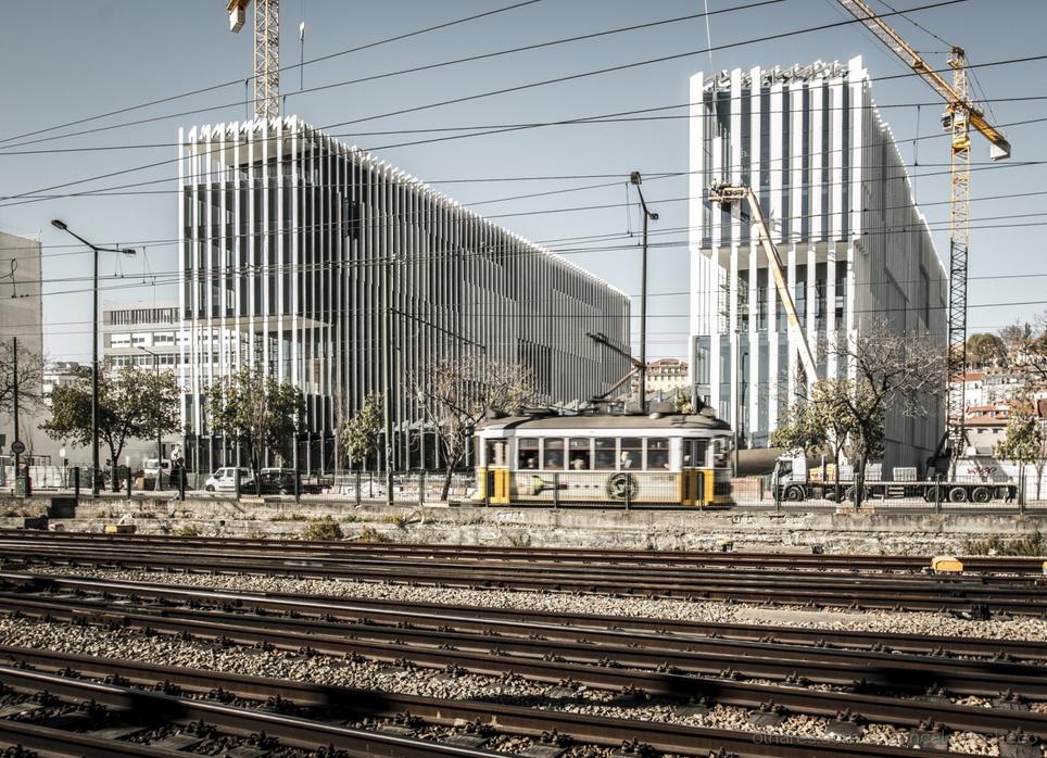 EDP Headquarters construction - © Olhares.com
