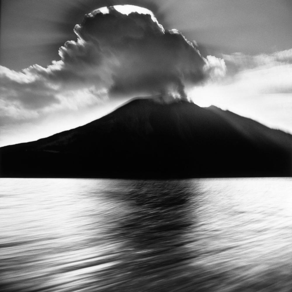 Stromboli, 1992 - © Mimmo Jodice