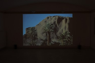 Rä di Martino, Petite histoire des plateaux abandonè, 2012, Courtesy l'Artista, ph. ROSSPEC