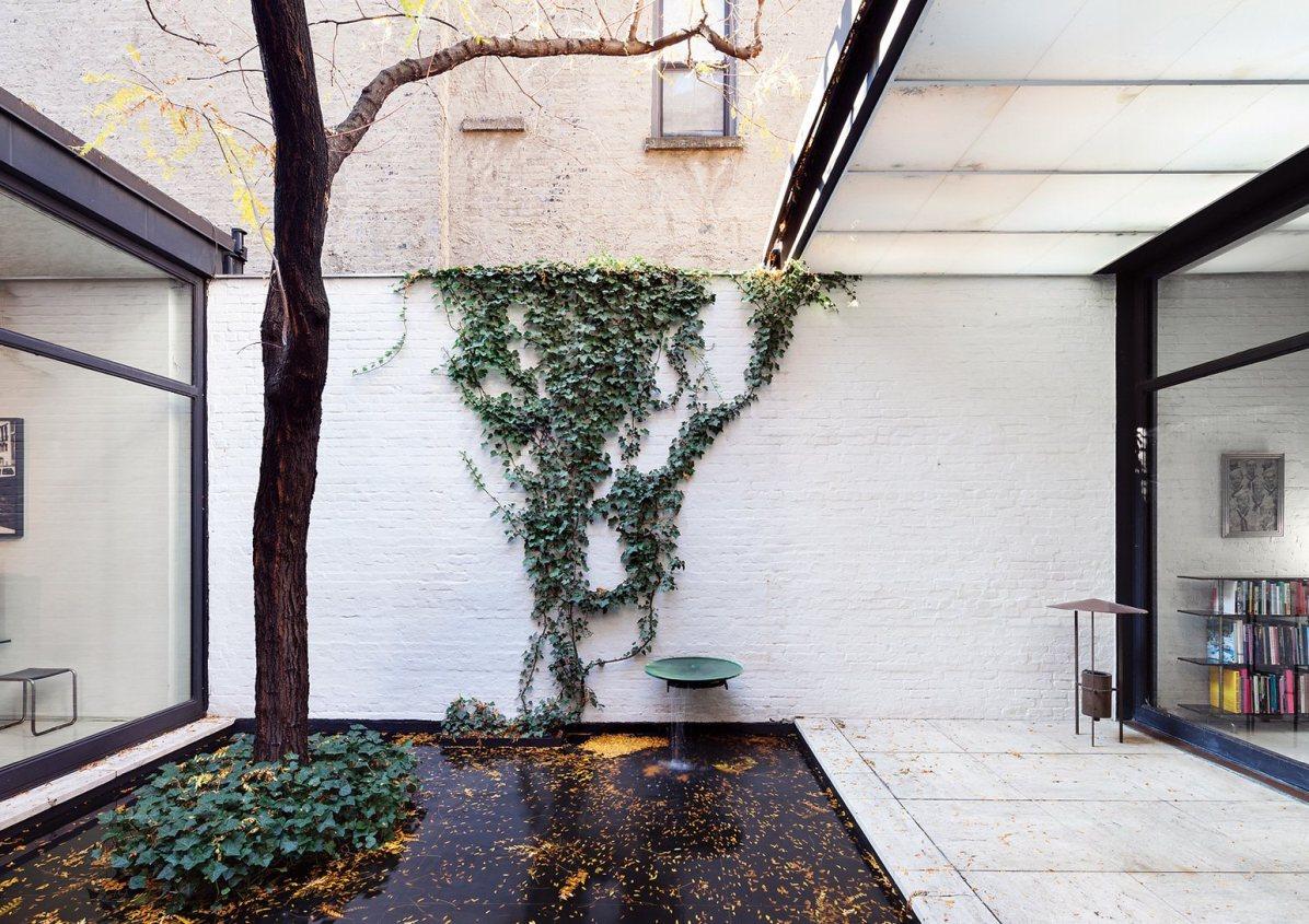 Dean Kaufman / Rockfeller Guest House, Philip Johnson