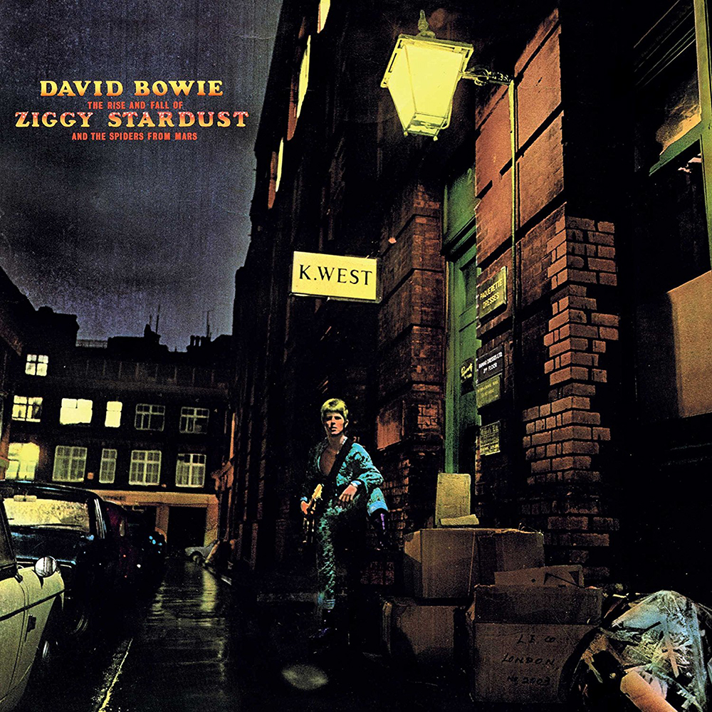 The Rise and Fall of Ziggy Stardust and the Spiders from Mars – © Brian Ward & Terry Pastor