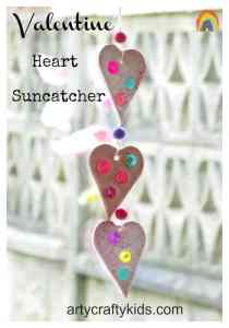 Arty Crafty Kids - Valentine Heart Suncatcher