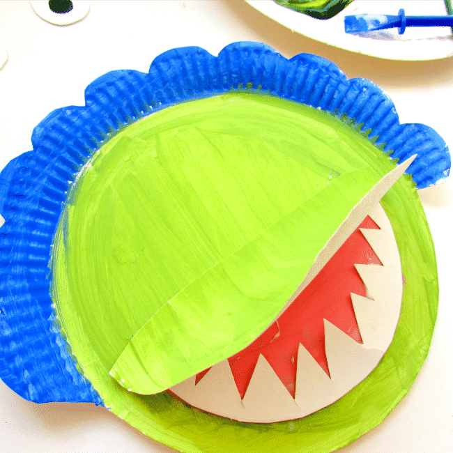 Triceratops Paper Plate Craft
