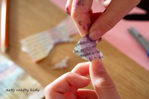 Arty Crafty Kids - Art - Valentines - Handprint Heart Valentine Tree