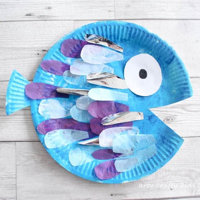 sc 1 st  Arty Crafty Kids & Paper Plate Rainbow Fish Craft - Arty Crafty Kids