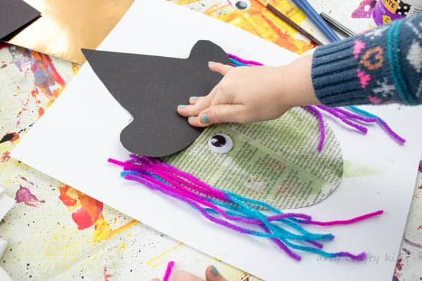 Arty Crafty Kids | Art | Halloween Crafts for Kids | Easy Paper Witch Craft | Easy mixed media Witch project for preschoolers and young children!