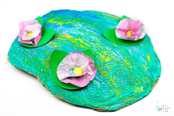 Arty Crafty Kids   Art for Kids   Claude Monet Water Lilies Art Project for Kids #famousartists #kidsart #artforkids #monetforkids