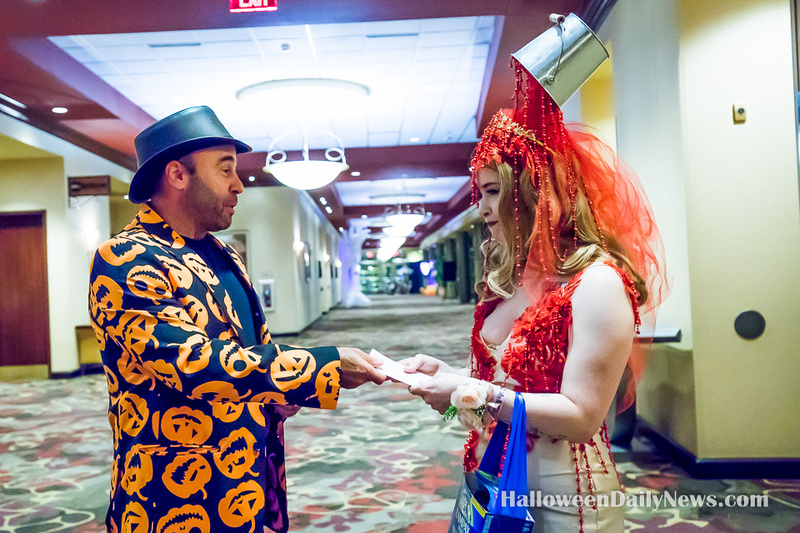 Chris Cartusciello with Mad Monster Expo 2021 Costume Contest Winner Holly Hughes
