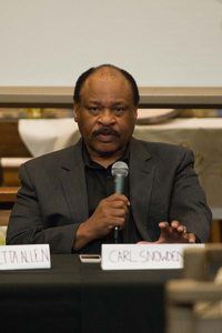 Picture of Carl Snowden Speaking