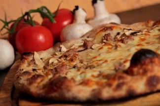 ArVolo Pizza salsiccia e funghi