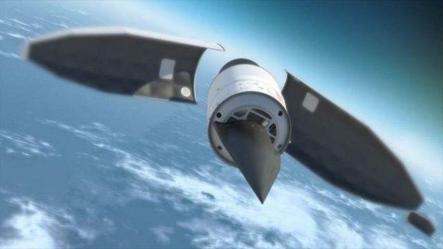 Η Ρωσία ανακοίνωσε την Παρασκευή ότι θέτει σε επιχειρησιακή ετοιμότητα τους πρώτους υπερηχητικούς πυραύλους της Avangard