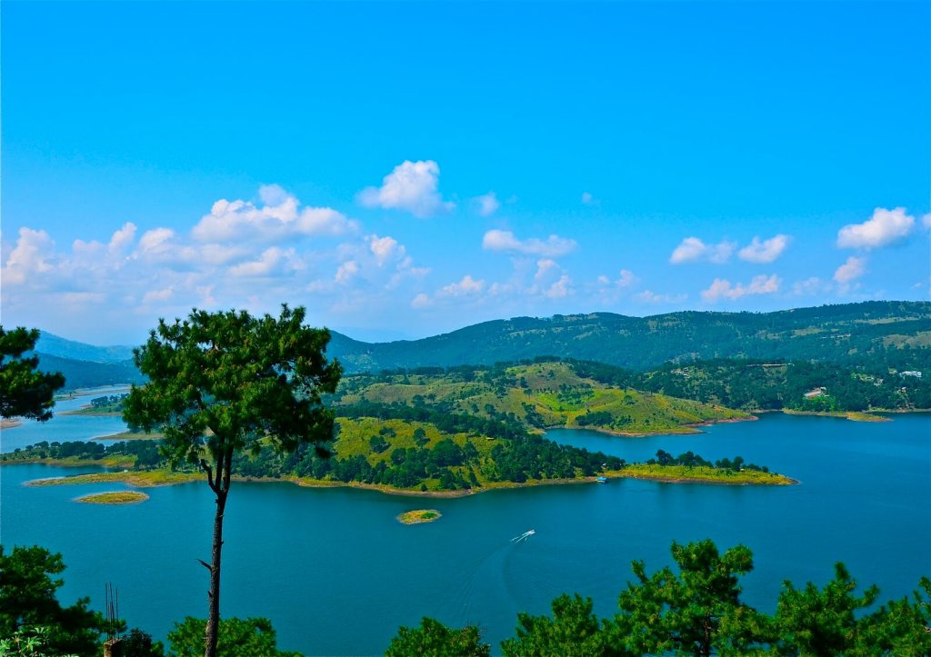 Shillongin Top 10 Best Places To Visit India In Summer