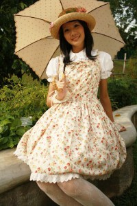 Country Lolita style