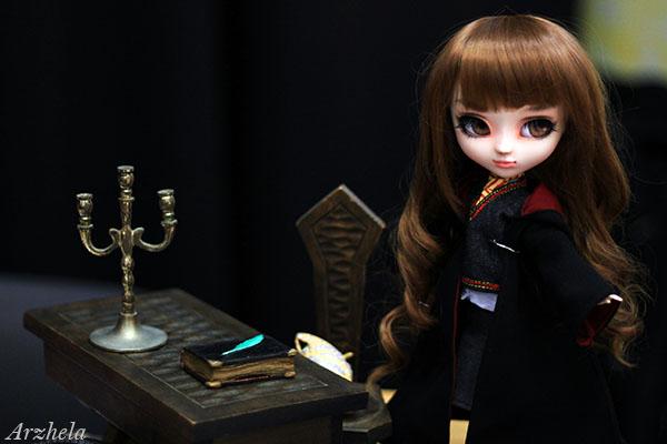 Hermione Sheryl Designs 2016