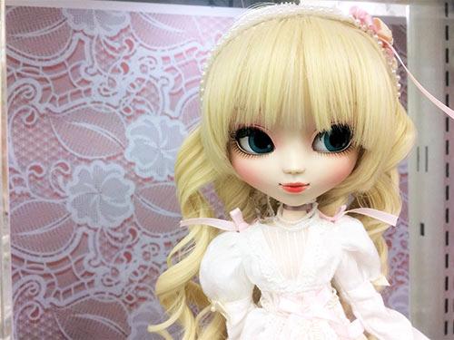 Pullip Arianna Azone shop Akihabara
