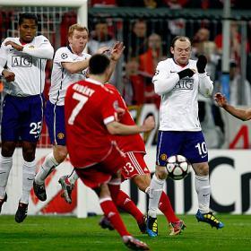 Ribery lanzando una falta