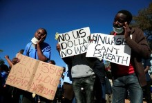 Photo of Nurses in Zimbabwe protest over pay