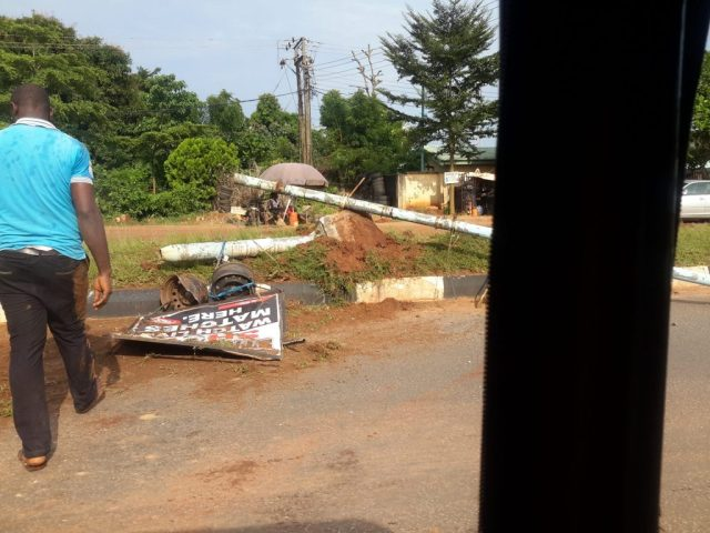 accident-along-summit-road-asaba-2
