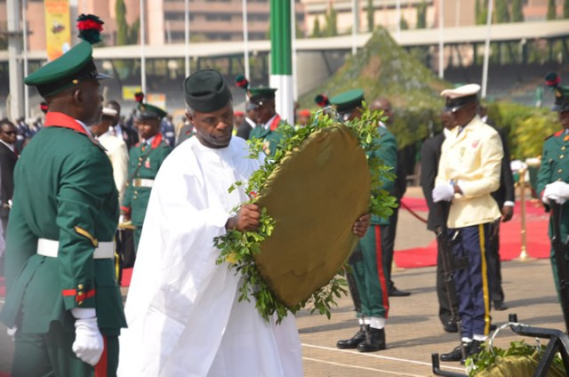 Photos of 2017 Armed Forces Remembrance Day