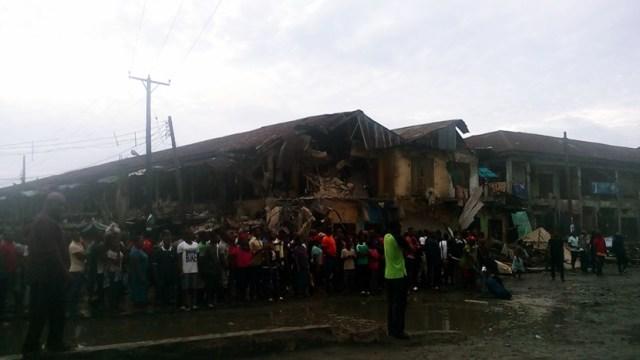 Imo state government demolishes Eke ukwu market in Owerri