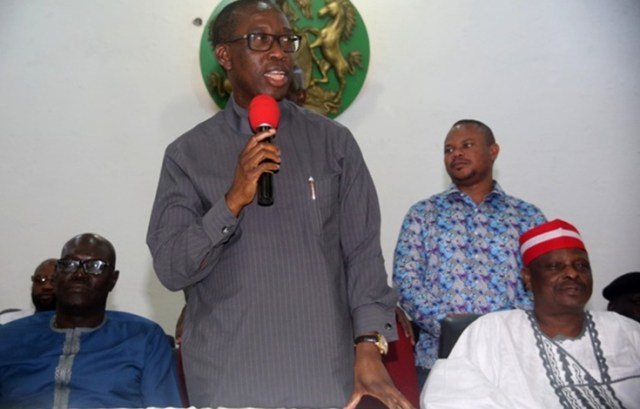Delta State Governor, Senator Ifeanyi Okowa (middle), former Kano State Governor and PDP Presidential Aspirant, Senator Rabiu Kwankwaso, former Kano State Governor and PDP Presidential Aspirant, Senator Rabiu Kwankwaso, during a consultation meeting by Senator Rabiu Kwankwaso with PDP Stakeholders in the State in Asaba