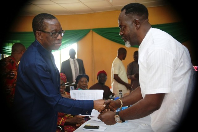 Delta State State Governor, Senator Ifeanyi Okowa (left), and the Chairman, Delta North PDP. Chief Moses Iduh, during the Delta North Senatorial District Peoples Democratic Party (PDP) meeting in Agbor, Ika South Local Government Council.Delta State State Governor, Senator Ifeanyi Okowa (left), and the Chairman, Delta North PDP. Chief Moses Iduh, during the Delta North Senatorial District Peoples Democratic Party (PDP) meeting in Agbor, Ika South Local Government Council.